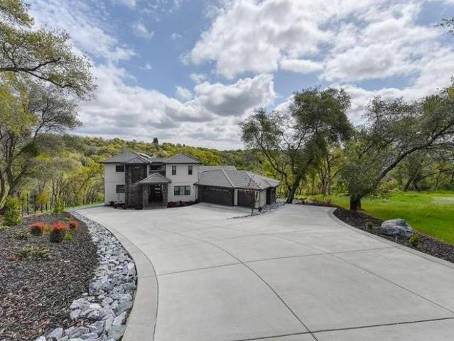 2090 Secluded Ct, Auburn, Ca 95603