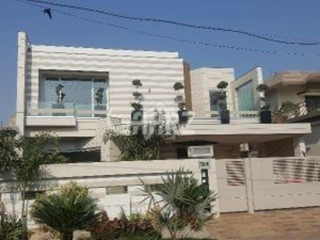 20 Marla House For Sale In Karachi Dha Phase 8