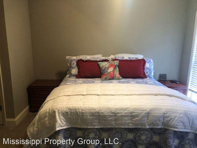 2100 Old Taylor Rd Apt 239, Oxford, Ms 38655
