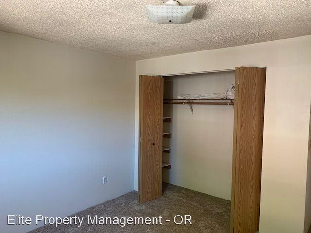 2105 Lincoln 4 Bedroom Apartment For Rent At 2105 Nw Lincoln Ave, Corvallis, Or 97330 Chin...