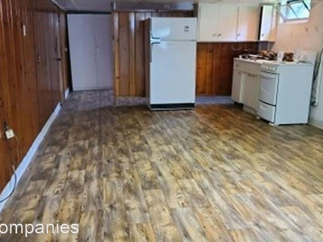 2146 6th St. 1 Bedroom Apartment For Rent At 2146 6th St, Bay City, Mi 48708
