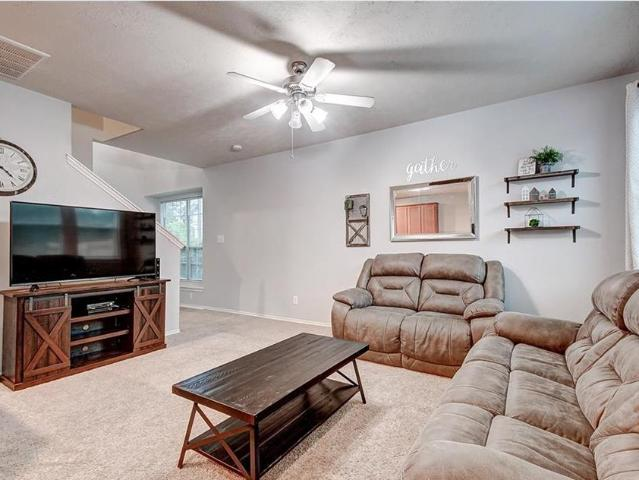 219 Bloomhill Place, Magnolia, Tx 77354