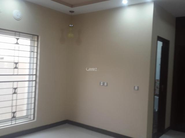 220 Square Feet Apartment For Sale In Rawalpindi Hub Commercial, Bahria Town Phase 8 Safar...