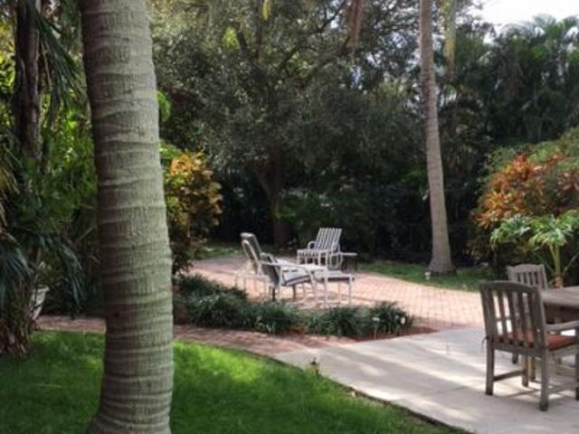 $2400 2 Bedroom House In North Palm Beach