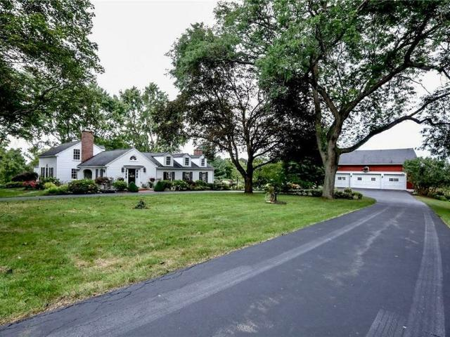 240 W Bloomfield Rd, Pittsford, Ny