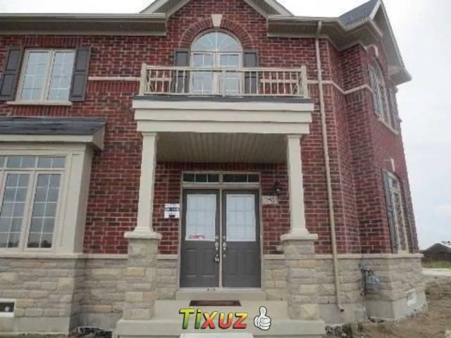252 Moody Drive Vaughan On L4h 3n5 3 Bedroom House For Rent For 2700 Month