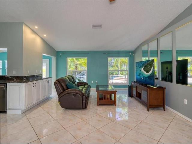2536 Countryside Pines Drive, Clearwater, Fl 33761
