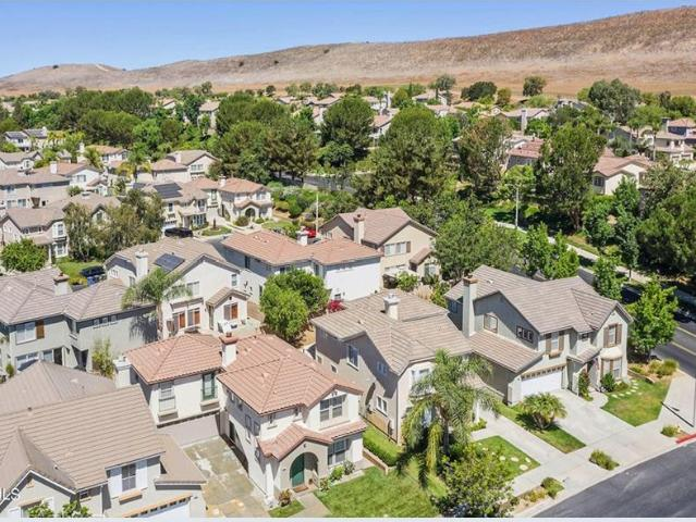 261 Canyon Breeze Court, Simi Valley, Ca 93065