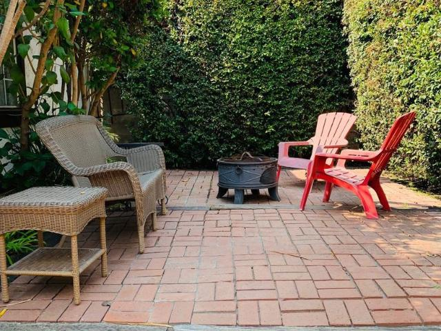 2620 W. 11th Street 1 Bedroom Apartment For Rent At 2620 11th St, Santa Monica, Ca 90405 S...