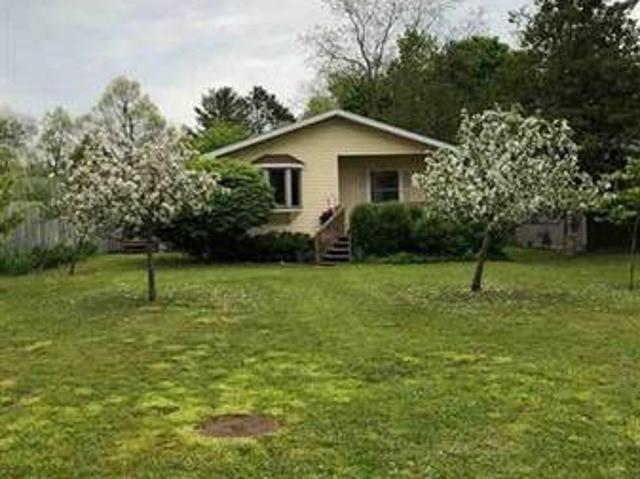 $275,000 Well Maintained Ranchmany Updates 705 Barlow Street Traverse City, Mi