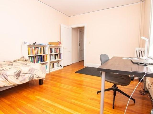 285 Harvard St Apt 310, Cambridge, Ma 02139