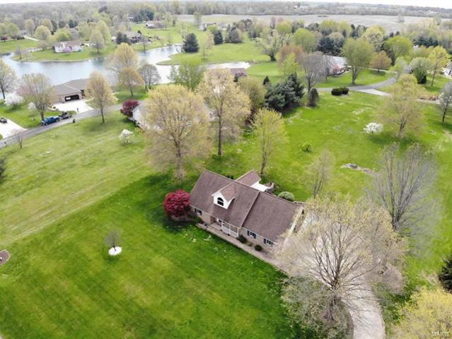 2907 Fox Run Drive Godfrey, Il 62035