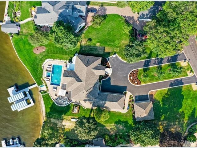 2923 Regner Road, Mchenry, Il 60051