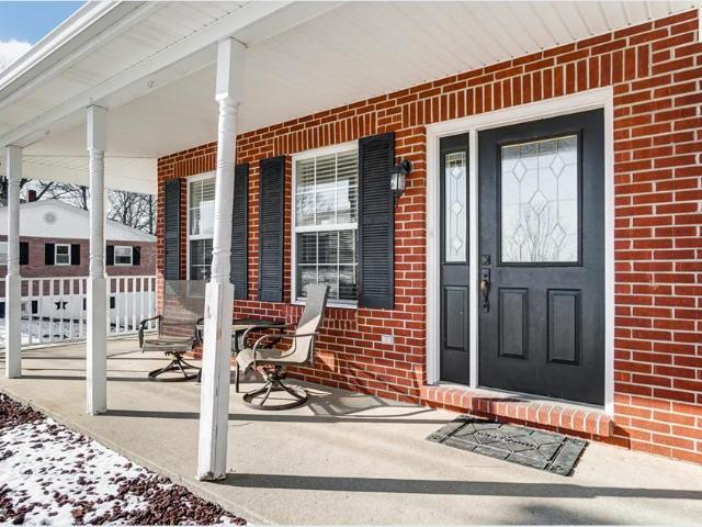 29 Roselawn Drive, Williamstown, Ky 41097