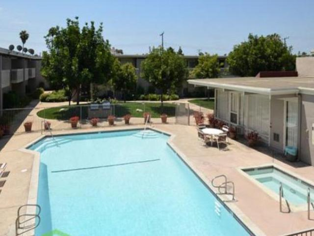 2 Bd/2 Bath Bike To The Beaches! Our Apts Offer Luxury Amenities And Modern Designs! Costa...