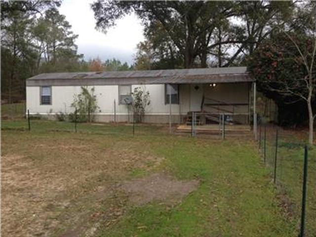 2 Bed, 1 Bath Trailer Secluded Large Lot