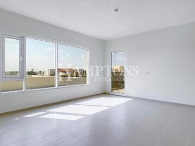 2 Bed Apartment With Big Terrace & Pool