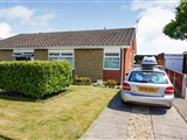2 Bed Bungalow For Sale Craigston Road Worksop
