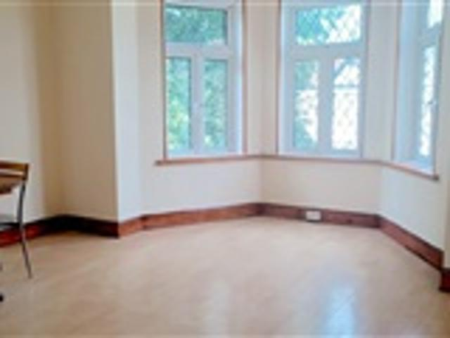 2 Bed Flat For Rent 92 Aldborough Road South Ilford