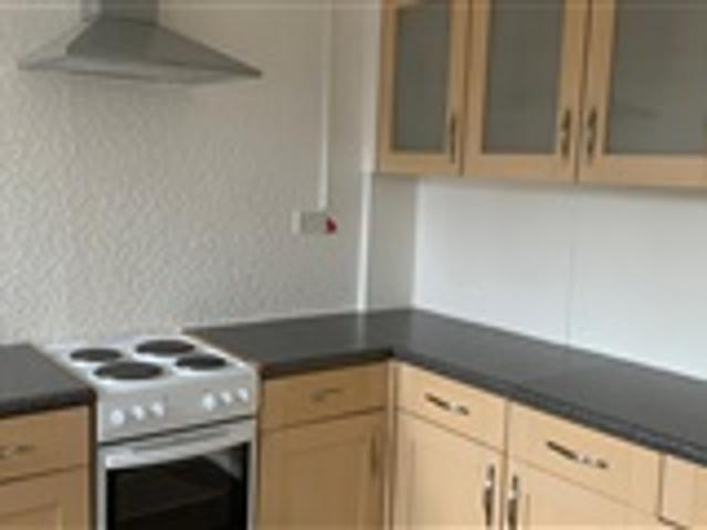 2 Bed Flat For Rent Warmsworth Road Doncaster