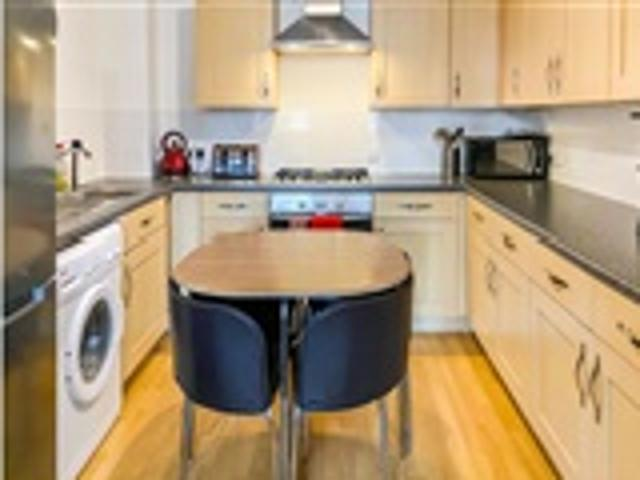 2 Bed Flat For Sale 5 Freehold Street Northampton