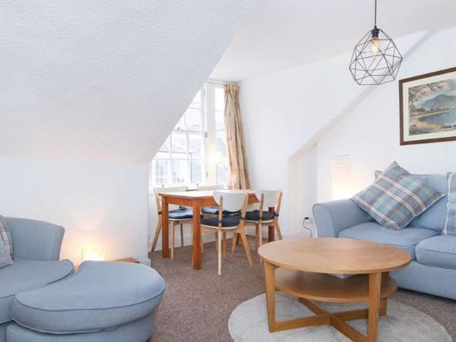 2 Bed Flat To Rent In Thistle Street, New Town, Edinburgh Eh2 Zoopla