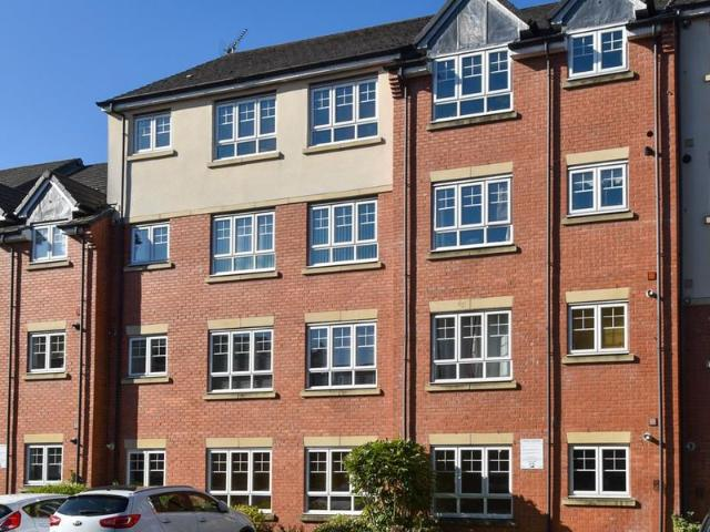 2 Bed Flat To Rent In Turberville Place, Warwick Cv34 Zoopla
