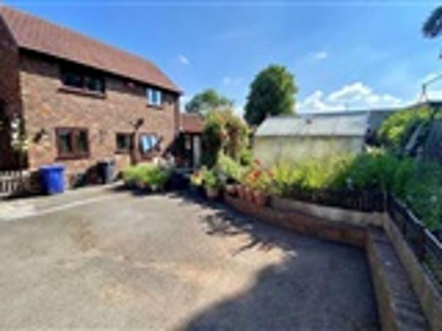 2 Bed Semi Detached For Sale Kingsdown Mews Newcastle