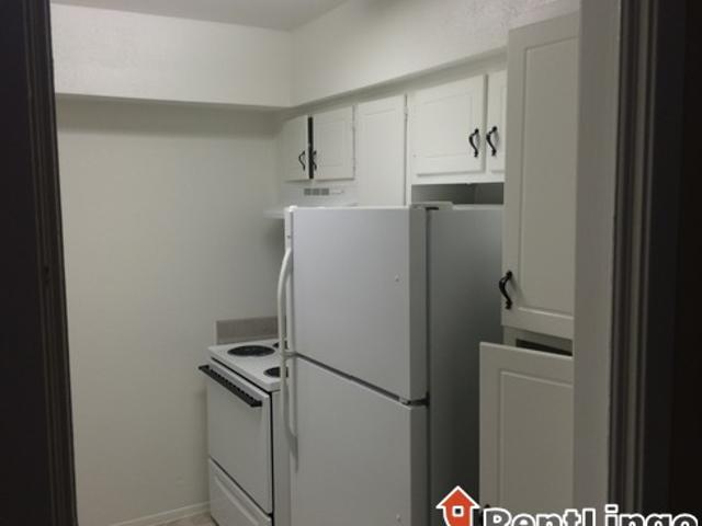 2 Bedroom 117 Sterling Ct,