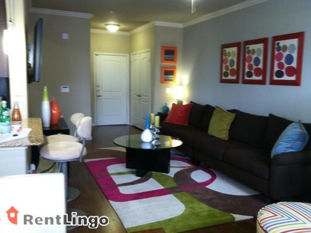 2 Bedroom 3551 Bell Street