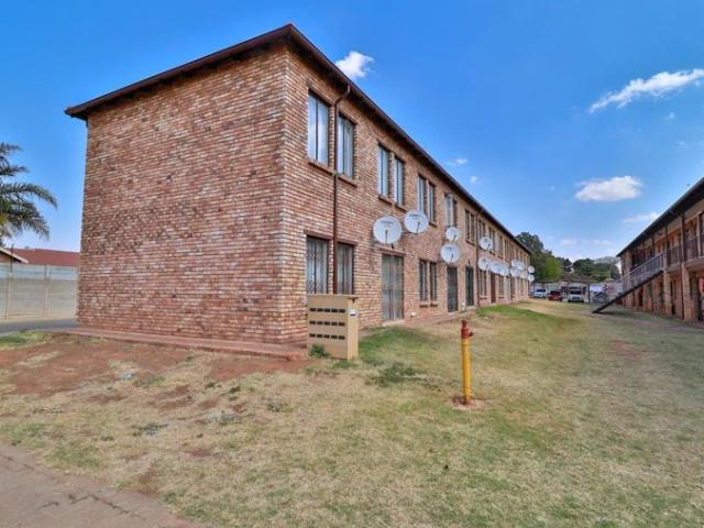 2 Bedroom Apartment / Flat For Sale In The Orchards