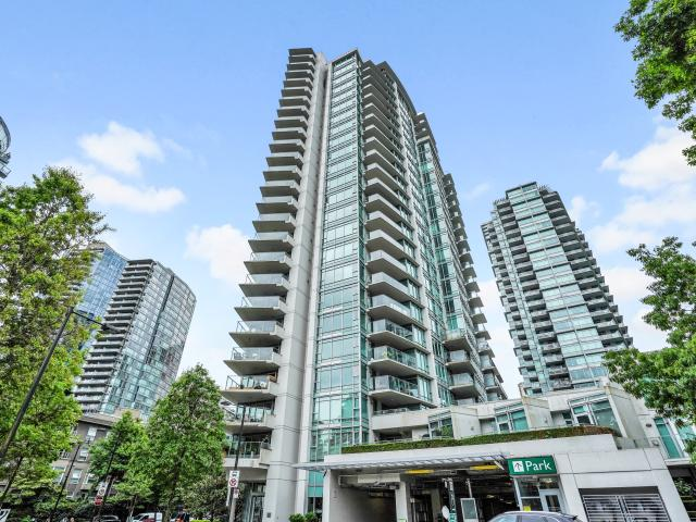 2 Bedroom Apartment For Rent At 1616 Bayshore Drive #xx01, Vancouver, Bc V6g 3l3 Downtown ...