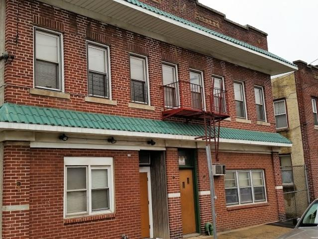 2 Bedroom Apartment For Rent At 1709 S Wood Ave, Linden, Nj 07036