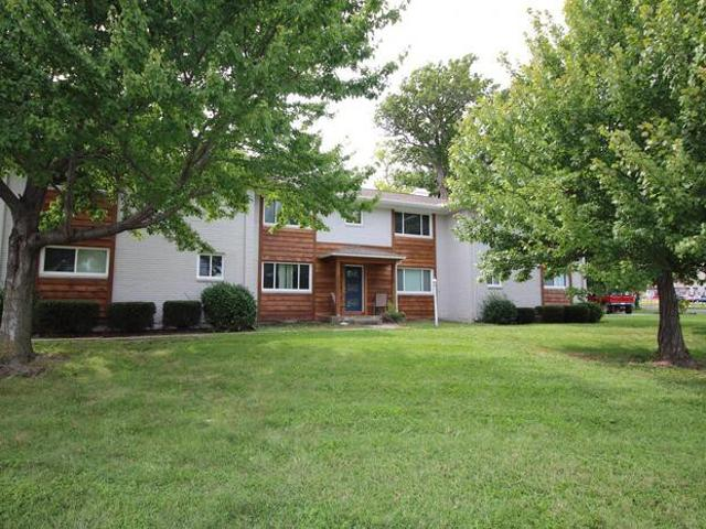 2 Bedroom Apartment For Rent At 6000 Metcalf Ln #1a, Overland Park, Ks 66202 Crestview