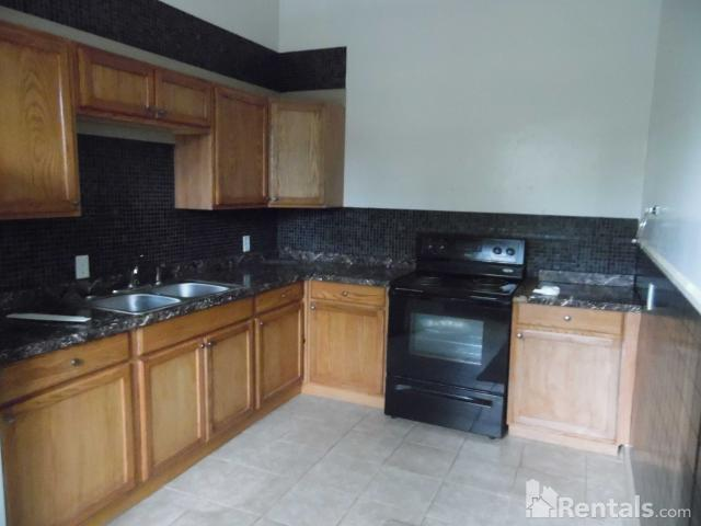 2 Bedroom Apartment For Rent At 659 W Main St, New Roads, La 70760