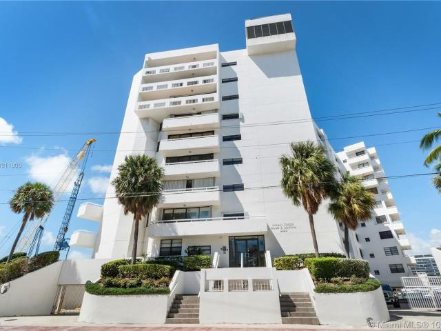 2 Bedroom Apartment For Rent At 6820 Indian Creek Dr, Miami Beach, Fl 33141