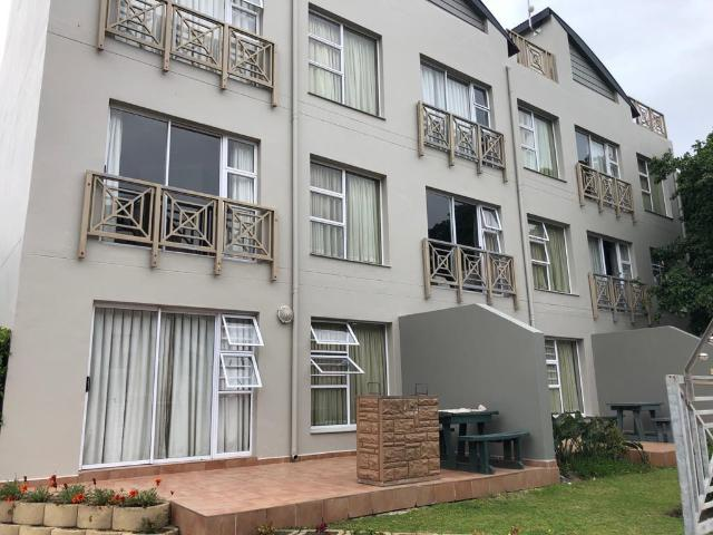 2 Bedroom Apartment In Boland Park