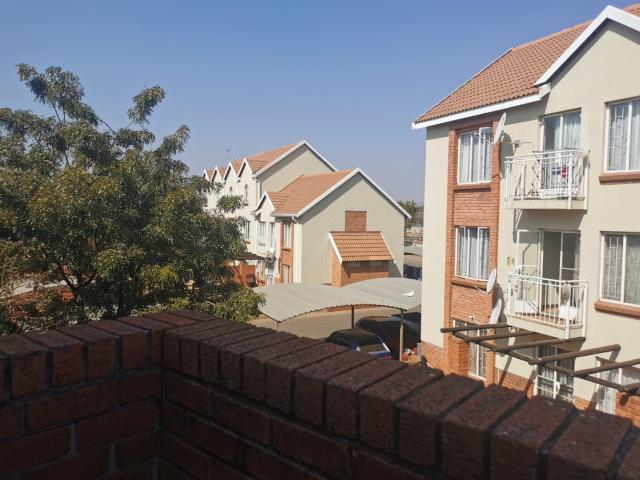2 Bedroom Apartment In The Orchards