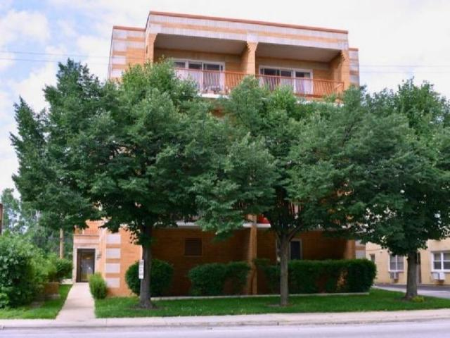 2 Bedroom Apartment Unit Chicago Il For Rent At 1800
