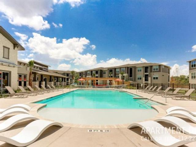 2 Bedroom Apartment Unit College Station Tx For Rent At 1199