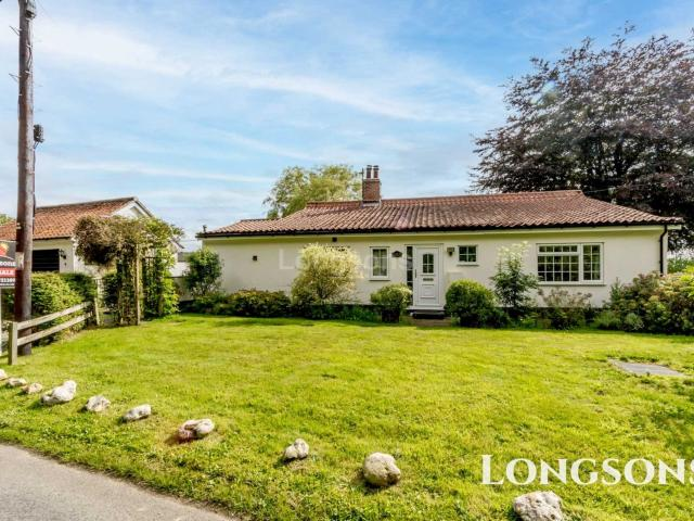 2 Bedroom Bungalow For Sale In Barrows Hole Lane, Little Dunham On Boomin