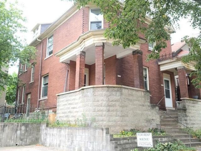 2 Bedroom Condo For Rent At 1031 E Land Pl #227, Milwaukee, Wi 53202 Lower East Side
