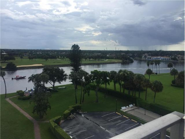 2 Bedroom Condo For Rent At 336 Golfview Rd #704, North Palm Beach, Fl 33408