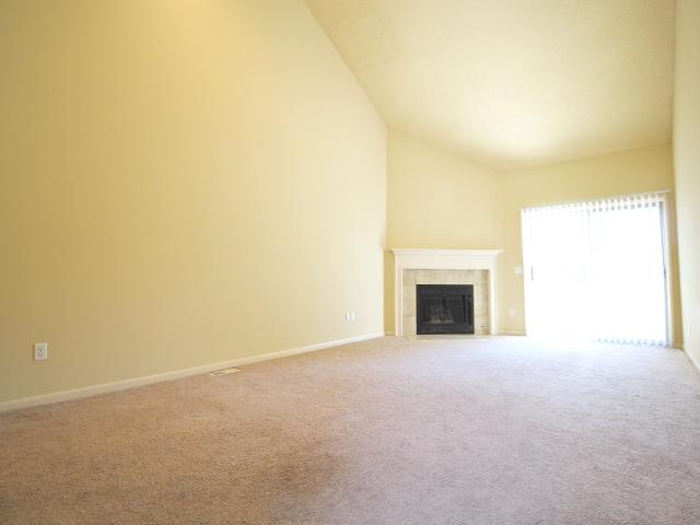 2 Bedroom Condo For Rent At 6801 W 76th St #6859, Overland Park, Ks 66204