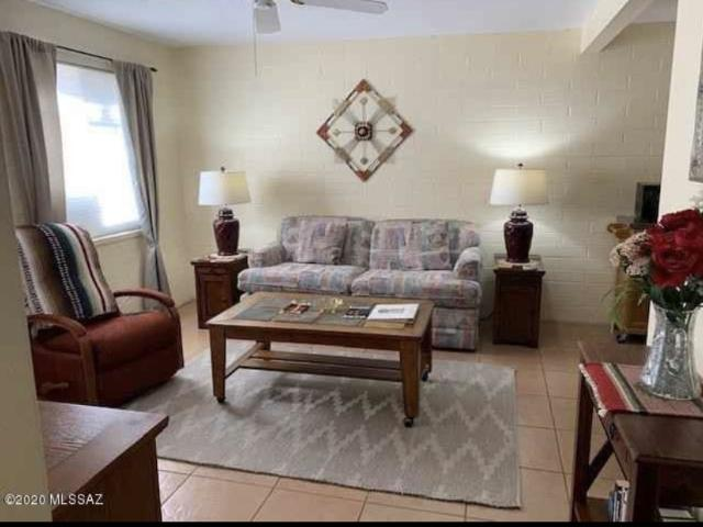 2 Bedroom Condo For Rent At W Camino Manzano & South La Cañada Drive #a, Green Valley, Az ...