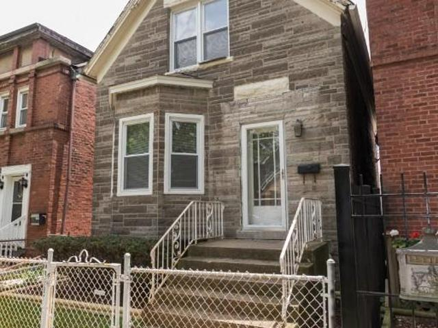 2 Bedroom Detached House Chicago Il For Rent At 2195