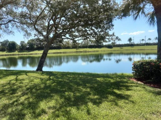 2 Bedroom Detached House West Palm Beach Fl For Sale At 399000