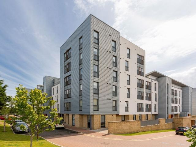 2 Bedroom Flat For Sale In 26/5 Kimmerghame Place, Edinburgh, Eh4 2ge On Boomin