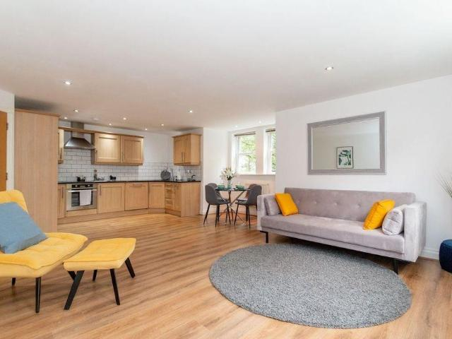 2 Bedroom Flat For Sale In Brentwood Court, Sandwich Road, Eccles, Manchester On Boomin