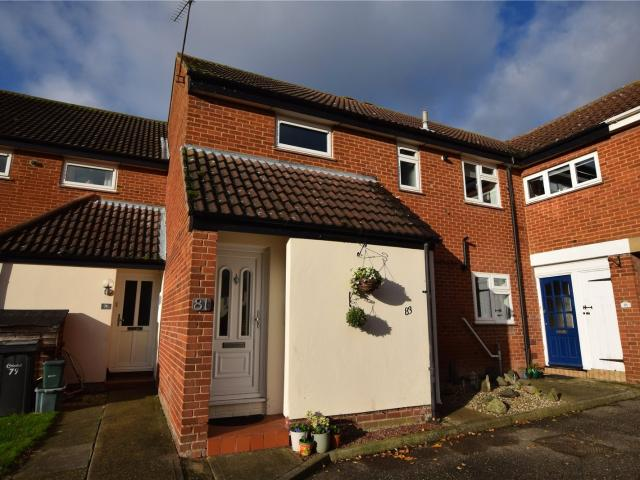 2 Bedroom Flat For Sale In Guys Farm Road, South Woodham Ferrers, Chelmsford, Essex, Cm3 O...